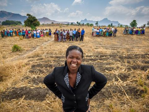 Ireen and the five farmer groups she leads in Malawi